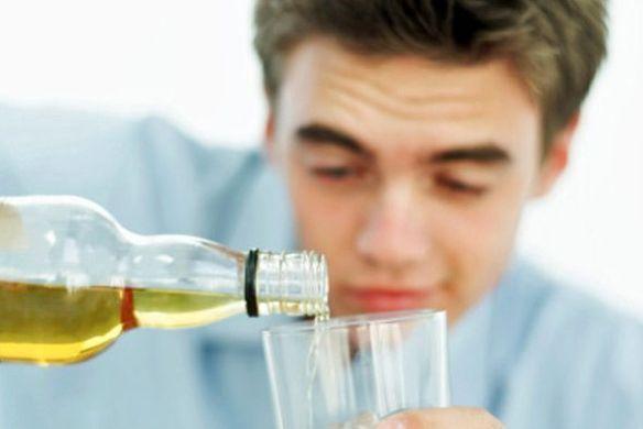 preocupa-el-consumo-de-alcohol_590x395