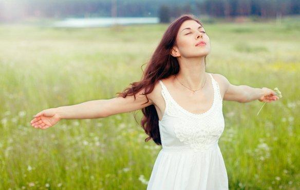 551405_mujeres_oxigeno_respirar.jpg